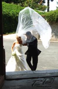 Du vent dans le voile de la mariée